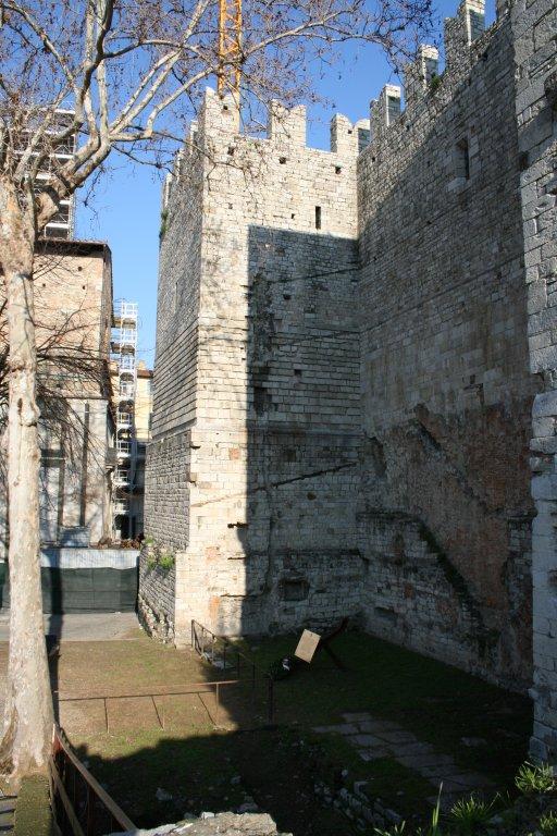 Festung an der Piazza Maria delle Carceri (Baldini)