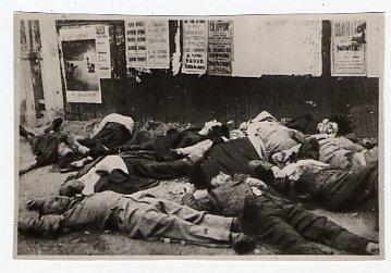 10. August 1944: ermordete Geiseln am Piazzale Loreto (Foto: Insmli)