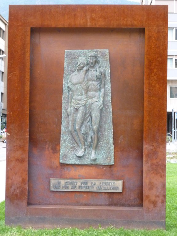 Denkmal am Hadrianplatz