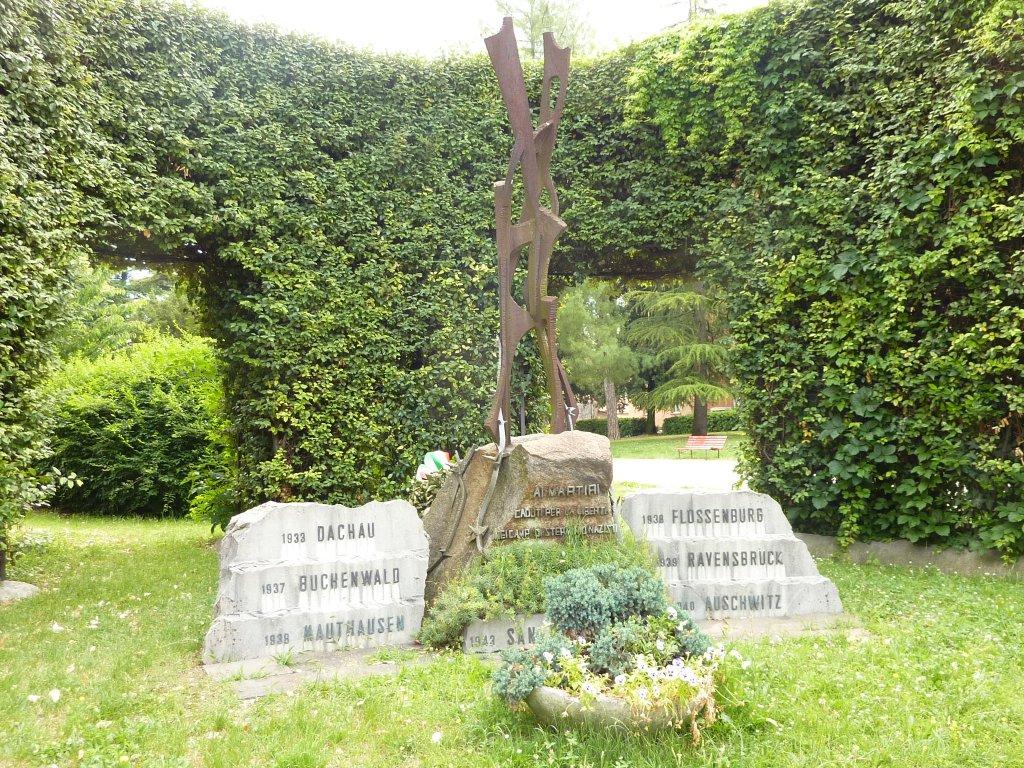Gedenkstätte für in deutsche Lager Deportierte am Parco della Rimembranza