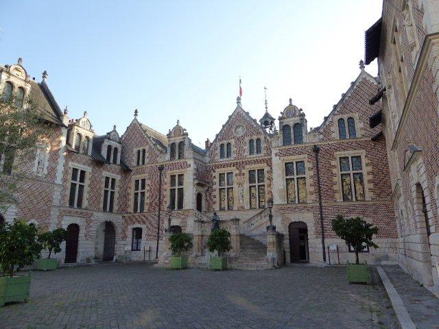 Orléans, Rathaus