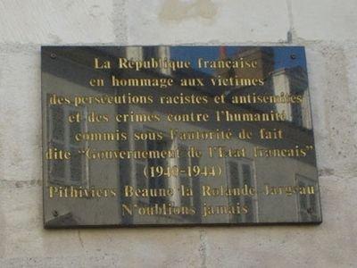 Gedenktafel Opfer rassistischer und antisemitischer Verfolgungen; Quelle: genweb, Bernard Butet, CC BY-SA 2.0