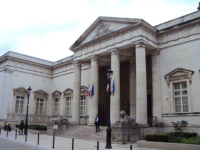 Justizpalast (Cour d'Appel); Quelle: Croquant, wikimedia Commons, CC BY-SA 3.0