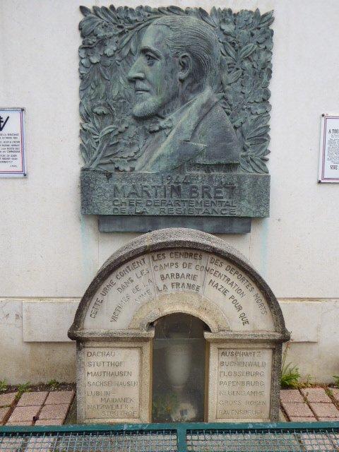 Mémorial, Ausschnitt Skulptur Martin-Bret