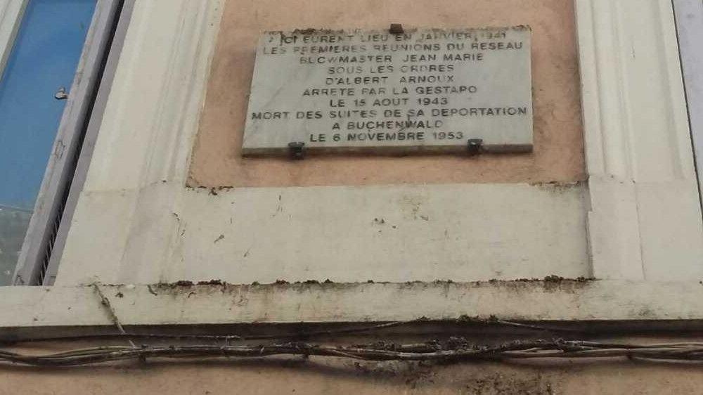 Gedenktafel Albert Arnoux; Quelle: http://museedelaresistanceenligne.org/media9099