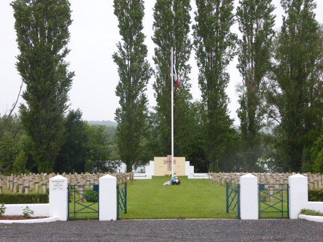 Nationalfriedhof in Condé-Folie