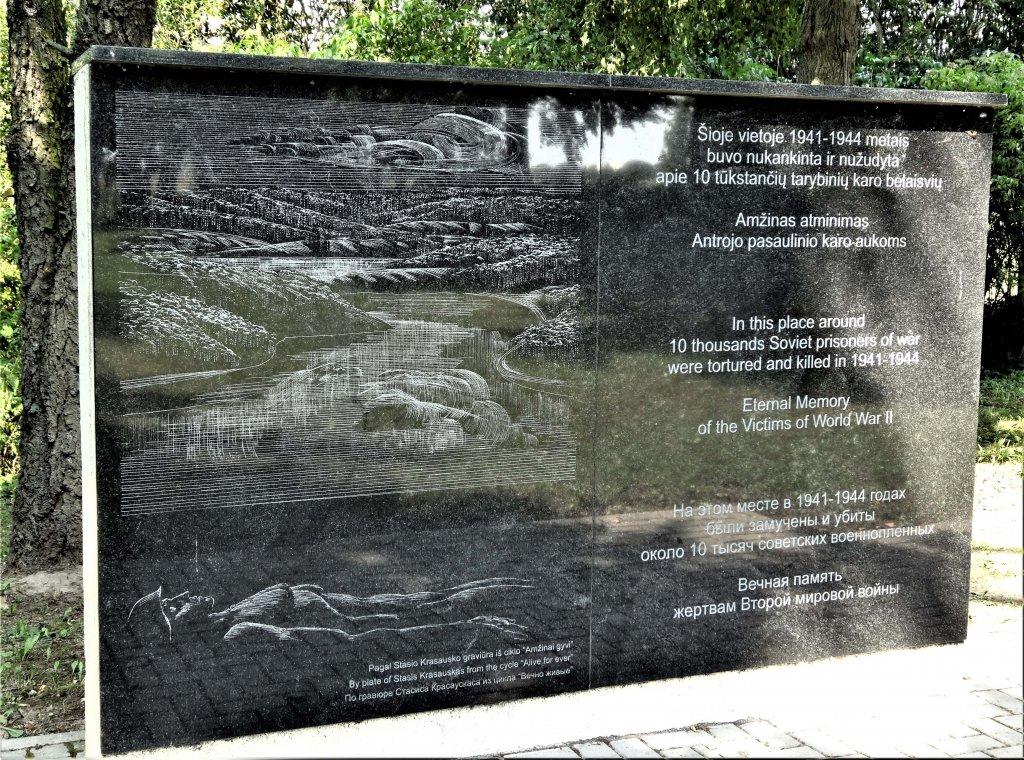 Gedenktafel für sowjetische Opfer auf dem jüdischen Friedhof
