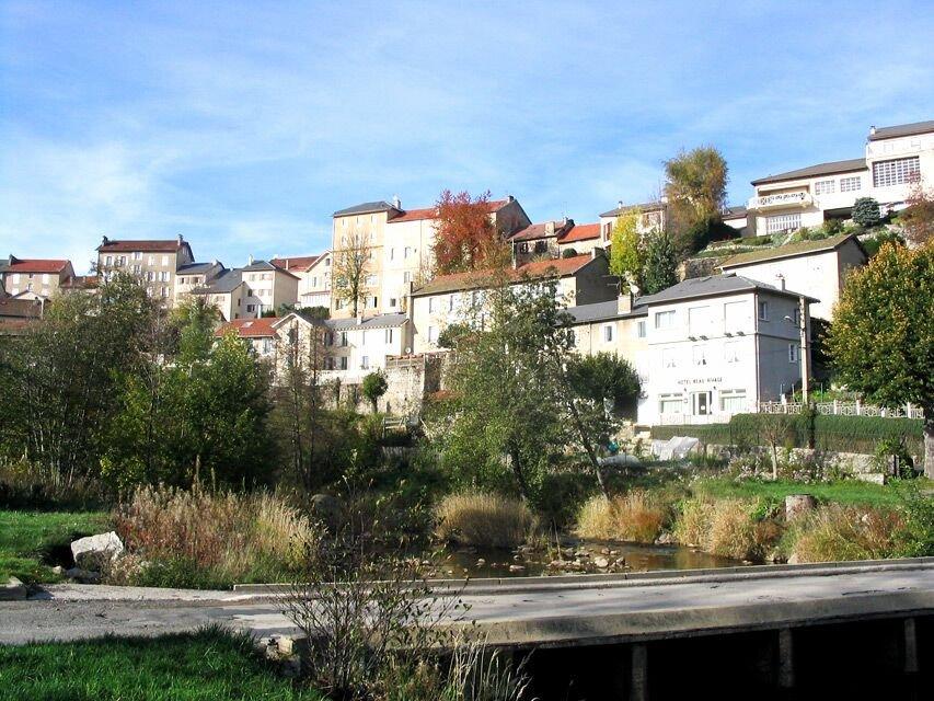 Blick auf Vivarais-Plateau (Fay-sur-Lignon); Quelle: Office de Tourisme