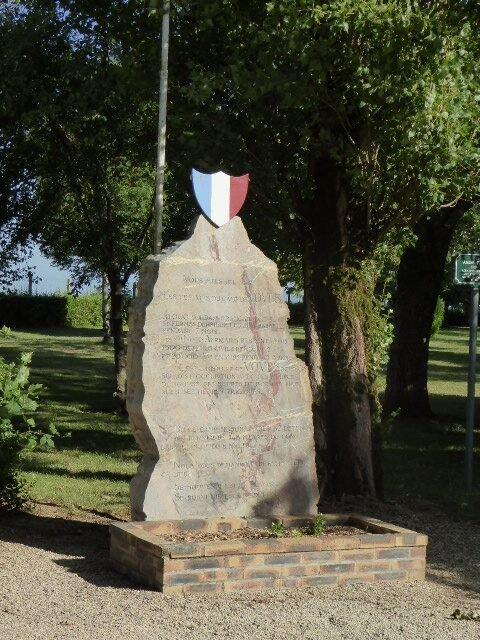 Denkmal am Lagereingang