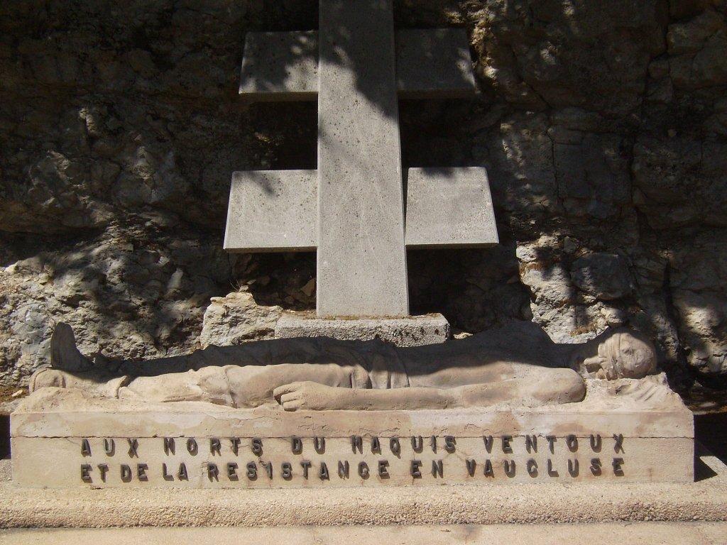 Mémorial, Le Gisant (Der Liegende)