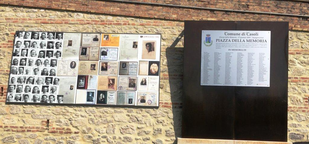 Gedenktafel an der Piazza della Memoria (Foto Lorentini)