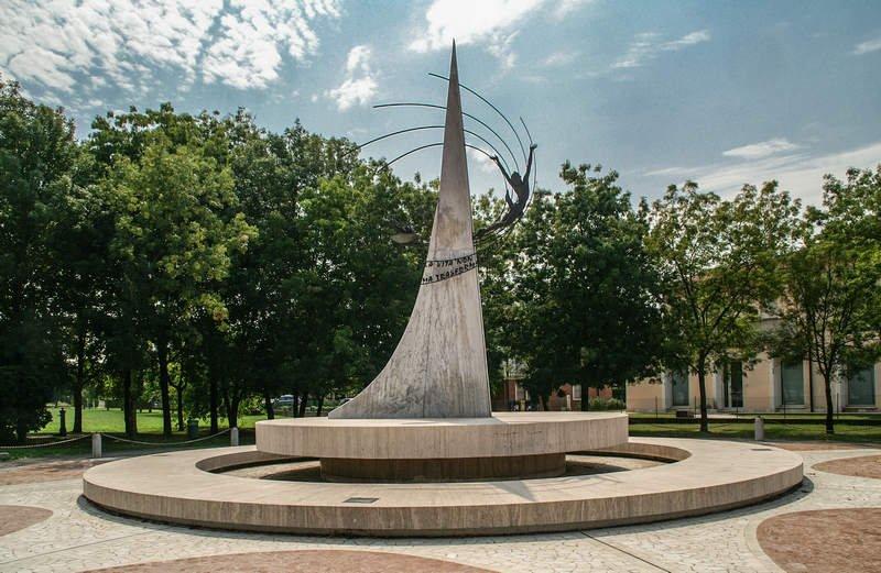 Gedenkstätte in Abbazia Pisani