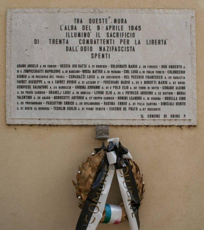Gedenktafel am Gefängnis in der Via Spalato