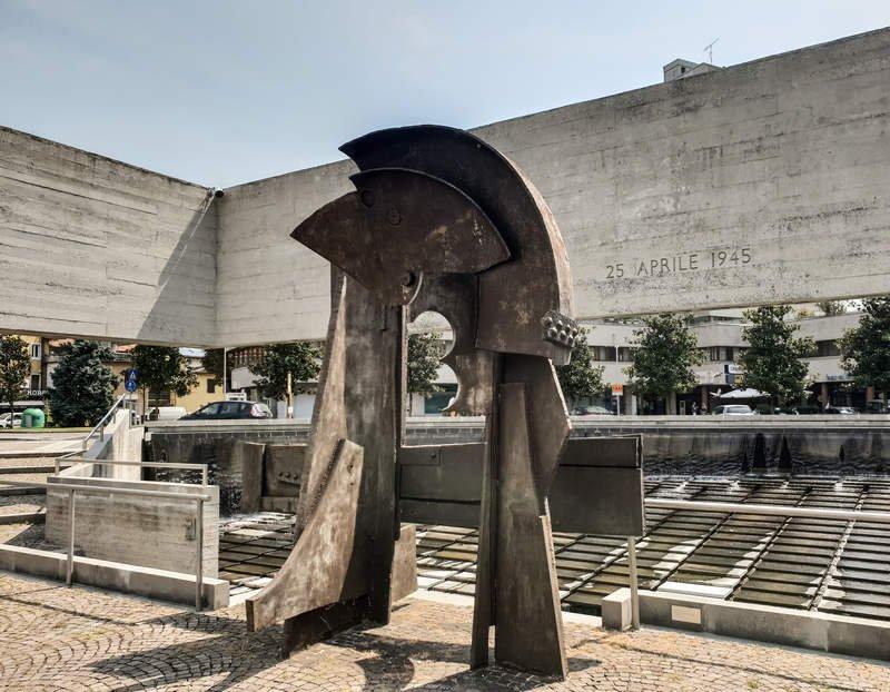 Monumento della Resistenza (Detail)