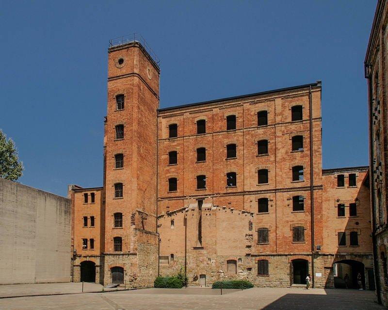 Triest - Das ehemalige Konzentrationslager San Sabba mit dem Platz des abgerissenen Krematoriums