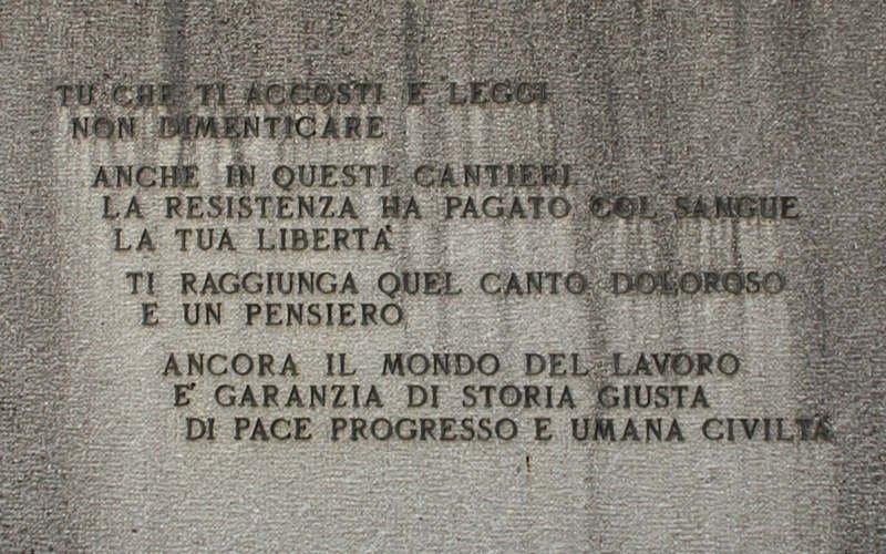 Inschrift an der Gedenkstätte