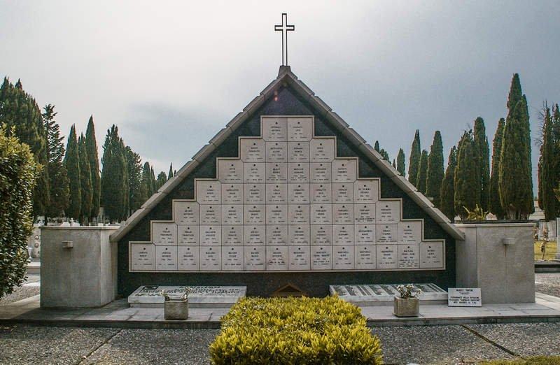 Sacrario Partigiani auf dem Friedhof