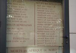 Gedenktafel Nazi-Opfer an Rathausmauer