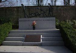 Denkmal KZ Auschwitz-Monowitz