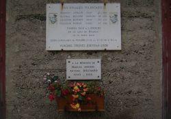 Gedenktafel an getötete FFI