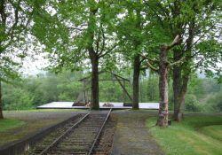 Denkmal Baracke – Gleis