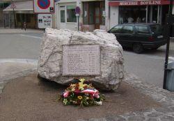 Tafel für Bombenopfer
