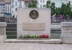 Denkmal an Jean Legay u.a. (Pl. Chévert)