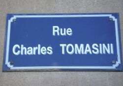 Straße Charles Tomasini