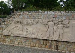 Teilansicht des Reliefs