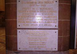 Gedenktafeln in Bahnhofshalle