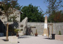 Memorial und Totendenkmal