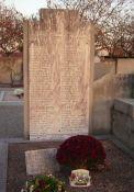 Denkmal auf dem Friedhof (Tafel)