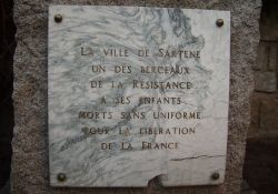 Tafel am Denkmal