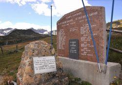 Denkmal an die erschossenen Geiseln in Terre-Noire (Aosta-Tal, Italien); (c) Sabine Bade