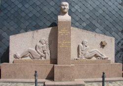 Denkmal Brigouleix (© Michel Cantillon, genweb)