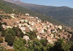Dorf Asco (© Pierre Bona, Wikipedia, CC BY-SA 3.0)