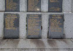 Gedenktafeln an die Opfer