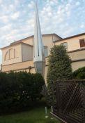 der Obelisk im Innenhof
