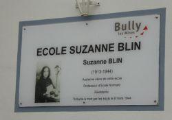 Tafel an der Schule Suzanne Blin