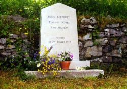 Gedenkstein für drei erschossene Résistants