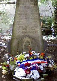 erste Stele; Quelle: cvdrduvaucluse.canalblog.com