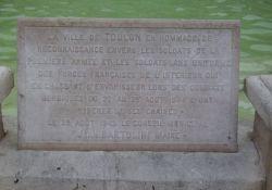 Gedenktafel an die Befreiung am Place de la Liberté
