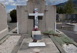 Friedhof: Grabmal FFI-Kämpfer/in