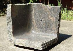 Zwartendijk-Denkmal neben dem Grünen Haus