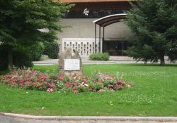 Gedenkstein Ste. Bernadette