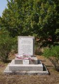 Stele zu Ehren der neun Maquisards