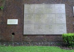 Gedenktafel Paul Caron u.a. in Arras