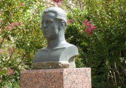Denkmal A. Bozzi