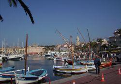 Am Hafen von Sanary-sur-Mer