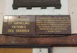 Gedenktafel am Rathaus